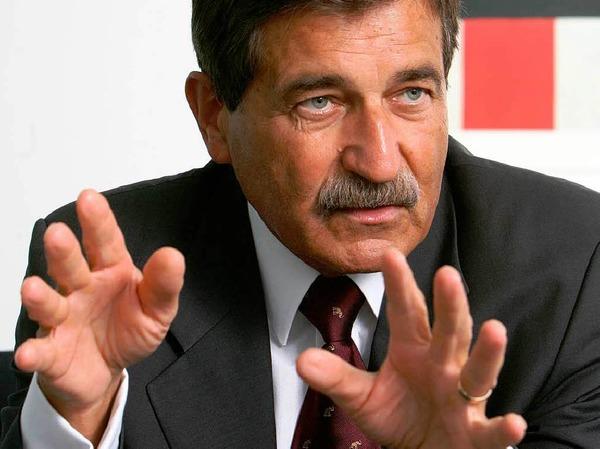 7.  Manfred Bischoff, Daimler, 374.300 Euro