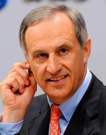 11. Clemens Börsig, Deutsche Bank, 291.800 Euro.