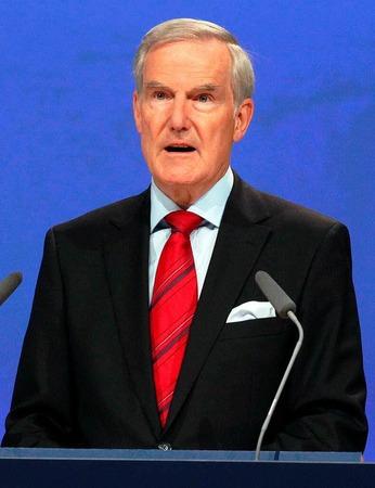 14. Hans-Jürgen Schinzler, Münchner Rück, 262.000 Euro