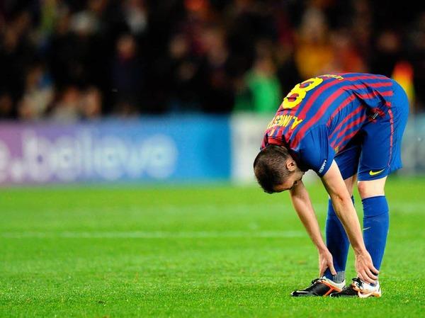 Geknickt:  Andres Iniesta, Weltklassespieler aus Barcelona.