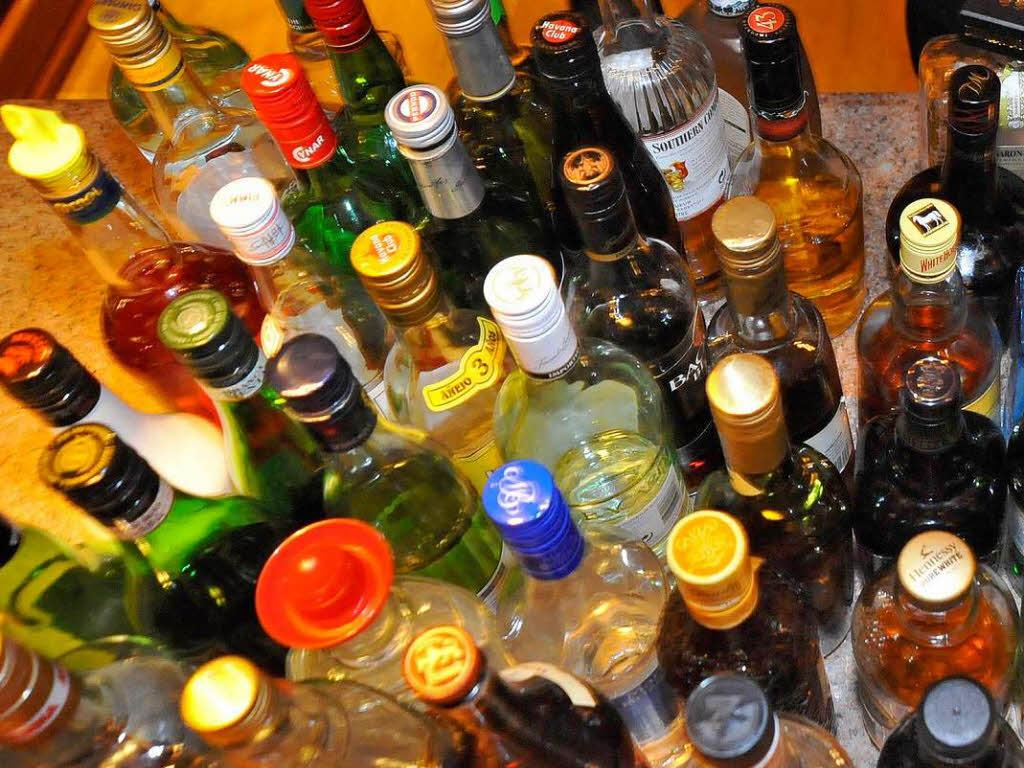 freiburg spirituosen alkohol testk ufe handel in freiburg ist nachl ssig beim jugendschutz. Black Bedroom Furniture Sets. Home Design Ideas