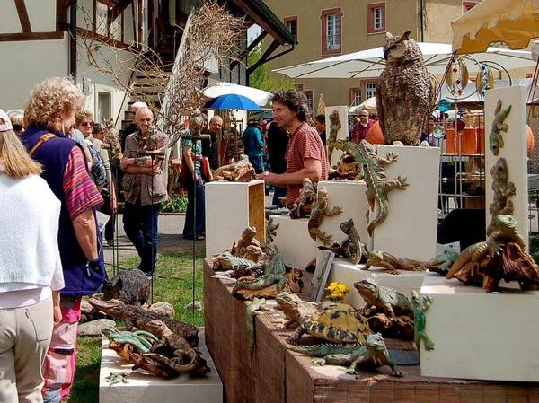 Zum Sehen, Staunen und Mitmachen hält der Töpfer- und Künstlermarkt so einiges bereit. <?ZL?>