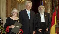 Stromrebellen von Ministerpr�sident Kretschmann mit Verdienstorden ausgezeichnet