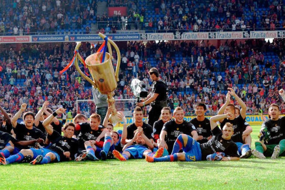 Der FC Basel feiert seinen 15. Meisterschaftstitel. (Foto: Meinrad Schön)