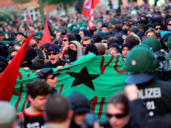 Der 1. Mai endete in Berlin mit Krawallen und Gewalt. 7000 Beamte waren im Einsatz. Etliche Störer wurden festgenommen.