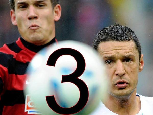 3:  Zum dritten Mal in seiner Erstliga-Geschichte beendet der SC die Saison auf Platz 12. Die beste Platzierung aller Zeiten war Rang 3 in der Saison 94/95, die schlechteste  Platz 18 in der Saison 2004/05.