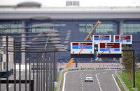 Berliner Flughafen darf noch nicht er�ffnet werden