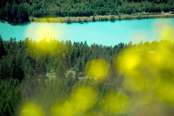 Schärfespiel: Blick vom Naturparkhaus Kaunergrat auf den Inn