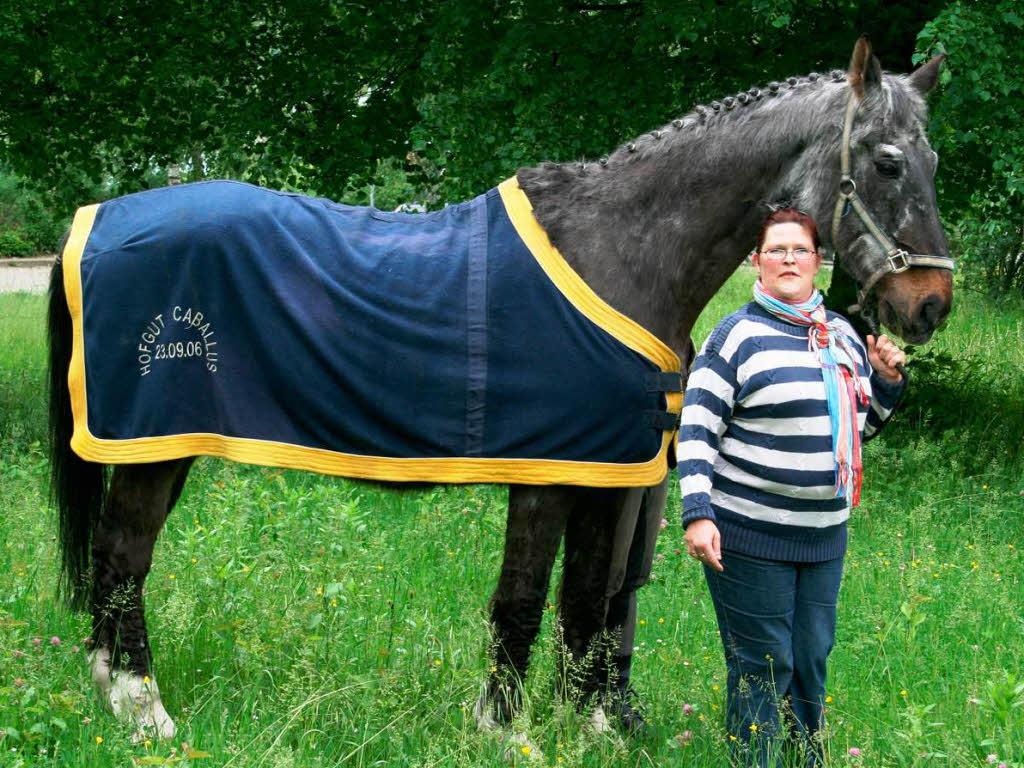 mit pflege kann ein pferd so alt wie heesters werden neuenburg badische zeitung. Black Bedroom Furniture Sets. Home Design Ideas