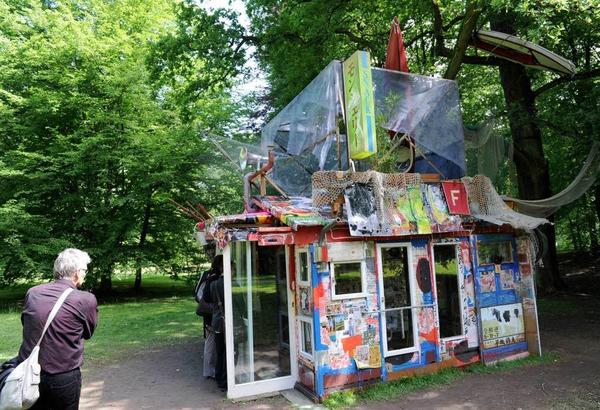 "Die ""Tsunami-Hütte"" des Japaners Shinro Ohtake"