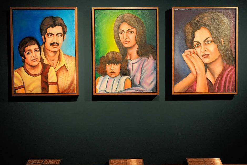 """Family Stories"""" heißt die Arbeit der in Deutschland lebenden afghanischen Künstlerin Jeanno Gaussi (Foto: dpa)"""