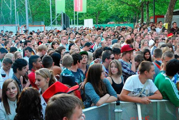 Impressionen von Public Viewing beim Impulsiv in Lörrach am Sonntagabend.