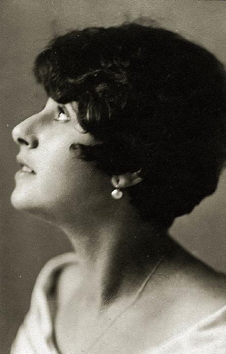 Verfolgt: Die Sängerin Margarethe Sterneck alias Anni Czerny     Foto: BZ