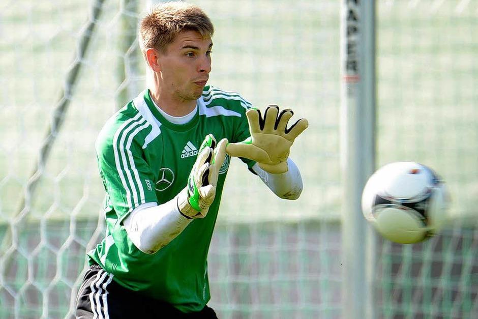 Auch der zweite Ersatzkeeper der Deutschen ist eher ein Facebook-Newbie: Ron-Robert Zieler hat 12.233 Fans. (Foto: dpa)
