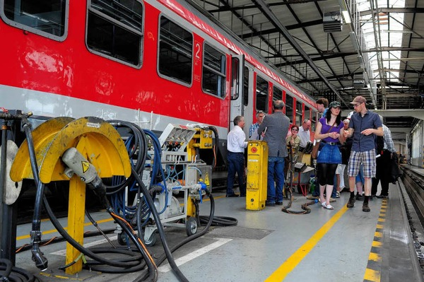 Tag der offenen T�r im DB-Regio Werk Freiburg anl�sslich des Jubil�umstags zum 125.Geburtstag der H�llentalbahn