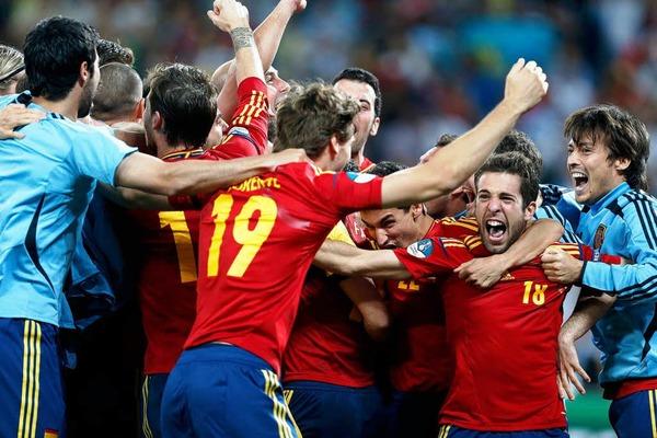 Fotos: Portugal – Spanien trennen sich 4:2 nach Elfmeterschie�en<?ZE?>