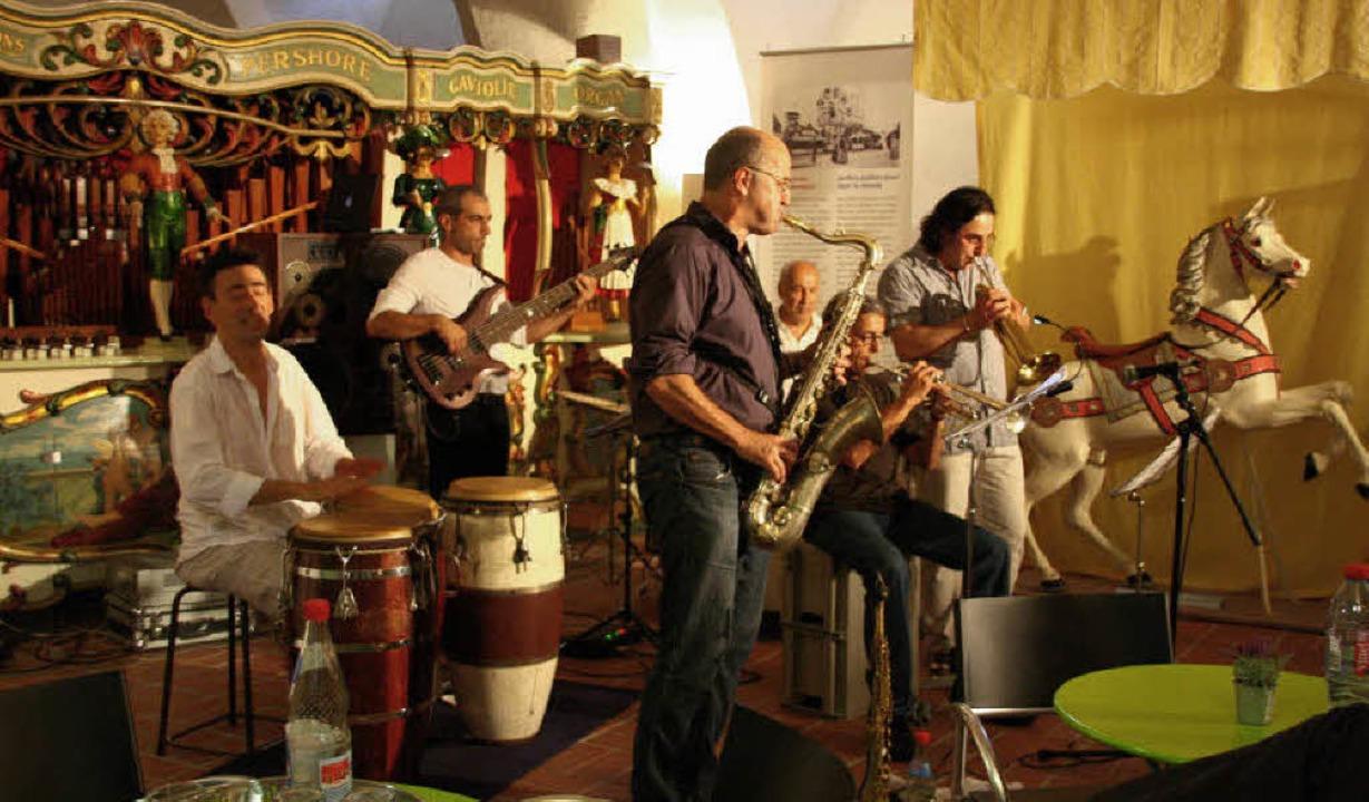 Die Musiker von Grand Orientet kommen ...rschiedener musikalischer Spielweisen.  | Foto: Hans Jürgen Kugler
