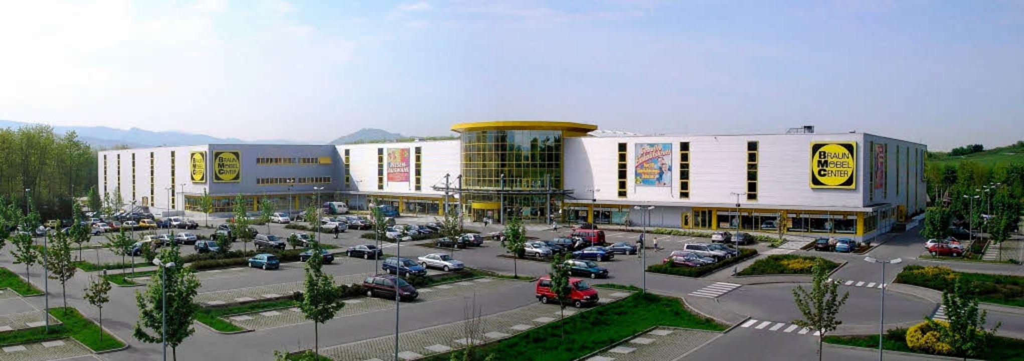 Einrichtungshaus Freiburg möbel braun plant riesige filiale in offenburg offenburg