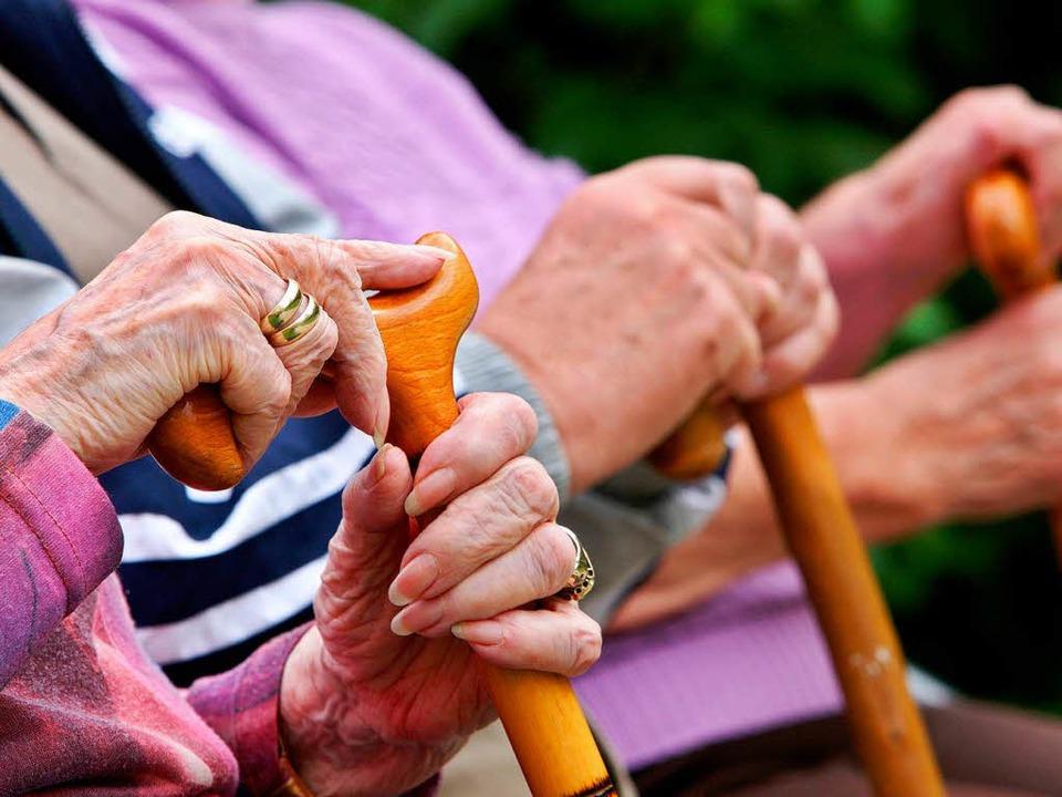 Weil es der Rentenversicherung derzeit... 2013 wohl weniger  einzahlen müssen.   | Foto: dpa