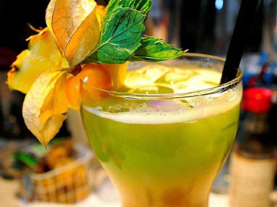 In 38 Jahren hat Franky Le Shaker rund 500 Cocktails kreiiert.  | Foto: Thomas Kunz