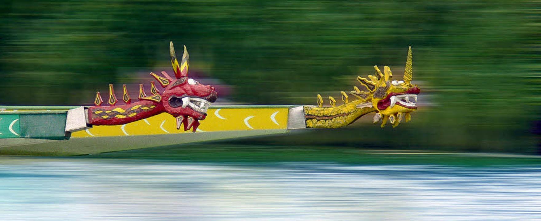 Auf die Plätze, fertig, los: Auf dem S... mit ihren Drachenbooten um den Sieg.     Foto: fotolia.com/Reiner Wellmann