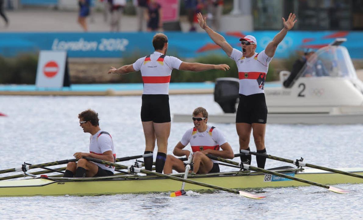 Deutscher Doppelvierer gewinnt Ruder-Gold.    Foto: dpa