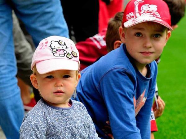 Die Teilnehmer der BZ-Ferienaktion bekommen einen exklusiven �berblick �ber das Stadion, in dem der SC Freiburg trainiert, spielt und (hoffentlich) gewinnt.