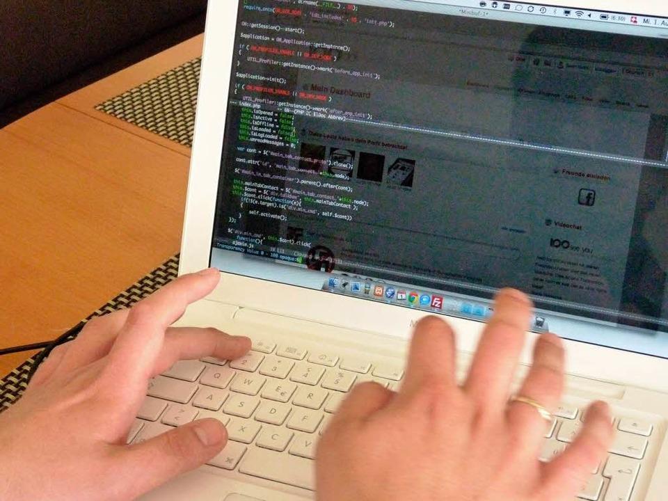 Freunde treffen und  neue Kontakte knü... anderen sozialen Netzwerken. Die Benu  | Foto: Sattelberger