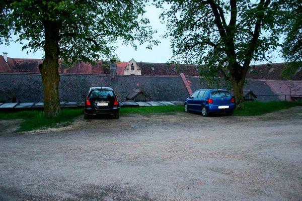 Maria Bögerls Mercedes, in dem sie entführt worden war, wurde am 12. oder am 13. Mai 2010 von den Tätern im Innenhof des Kloster Neresheim abgestellt.
