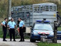 Annecy: M�dchen versteckt sich zwischen vier Erschossenen