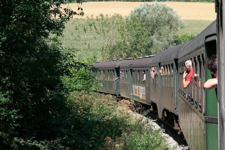 """Gestartet wurde der """"Eisenbahntag"""" mit einer Fahrt mit der Sauschwänzlebahn von Weizen nach Blumberg. (Foto: Holger Knöfler)"""