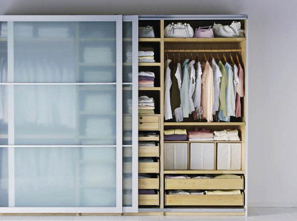 haus garten schimmel in der wohnung woher kommen die schwarzen flecken badische. Black Bedroom Furniture Sets. Home Design Ideas