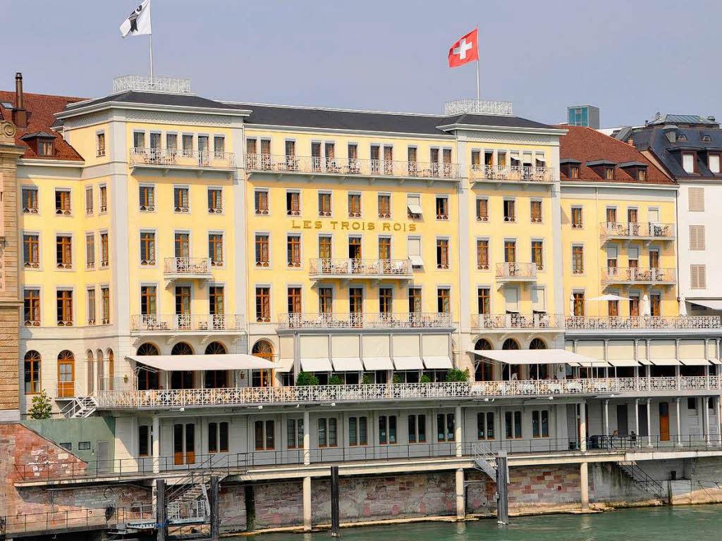 straumann verkauft basler luxushotel les trois rois gastronomie badische zeitung. Black Bedroom Furniture Sets. Home Design Ideas