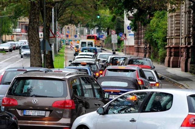 Rest-Rotteckring bricht unter Shopping-Verkehr zusammen