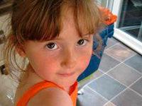 Hunderte fahnden nach einem vermissten M�dchen in Wales