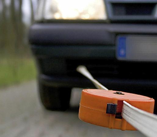 vorsicht beim abschleppen auto mobilit t badische zeitung. Black Bedroom Furniture Sets. Home Design Ideas