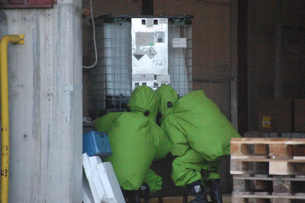 chemieunfall in weil am rhein 23 arbeiter verletzt. Black Bedroom Furniture Sets. Home Design Ideas