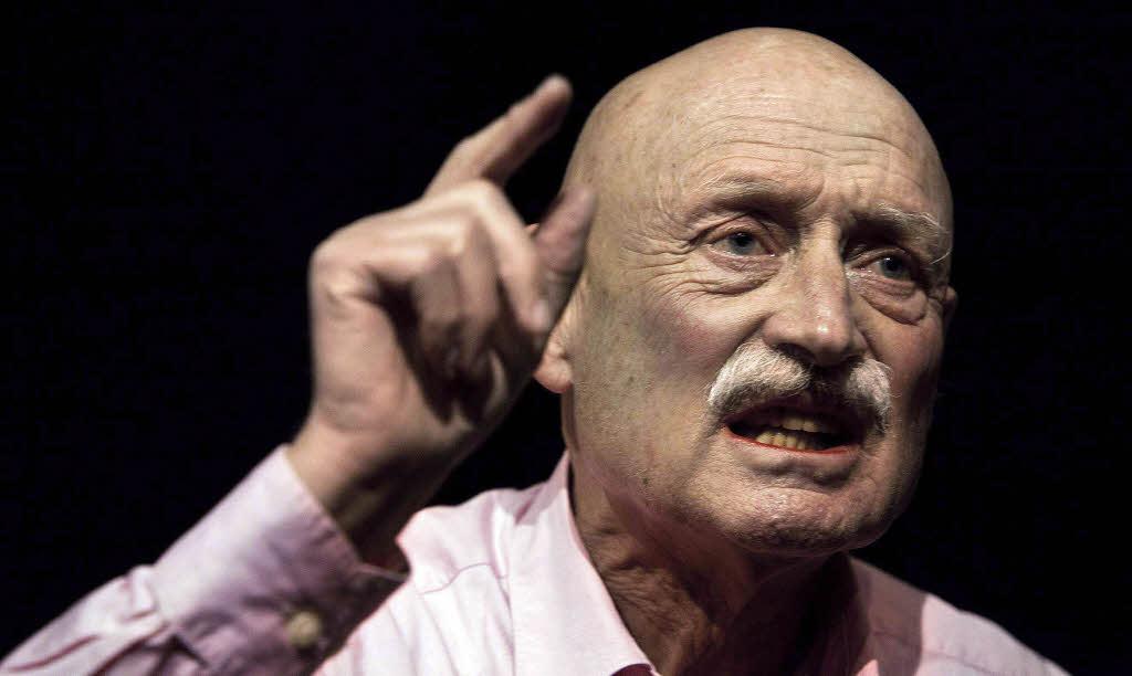 """Dietrich Kuhlbrodt in Boris Nikitins """"Grundgesetz"""" Foto: Winnie Mahrin. """" - 64767394"""