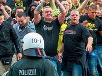 Polizist singt Rap-Song �ber Gewalt gegen Einsatzkr�fte