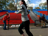 Hurrikan-Opfer werden mit Marathon-Rationen versorgt