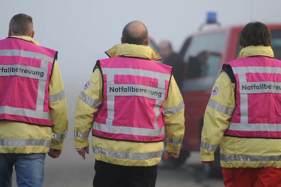 Ein schwerer Verkehrsunfall auf der A5 zwischen Lahr und Offenburg fordert sechs Menschenleben. (Foto: dpa)