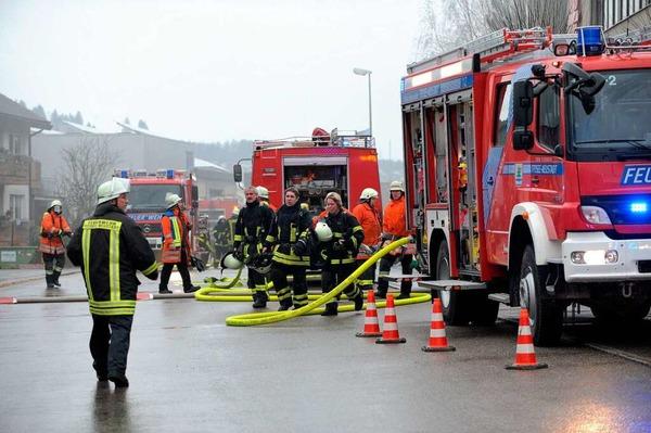 Explosion, Feuer und Qualm in der Caritas-Behindertenwerkstätte in Titisee-Neustadt. 14 Menschen kommen ums Leben.