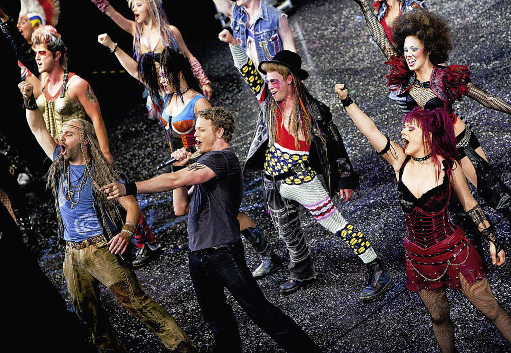 """Theater: """"We will rock you"""": Queen-Musical in Basel: Extravaganter ..."""