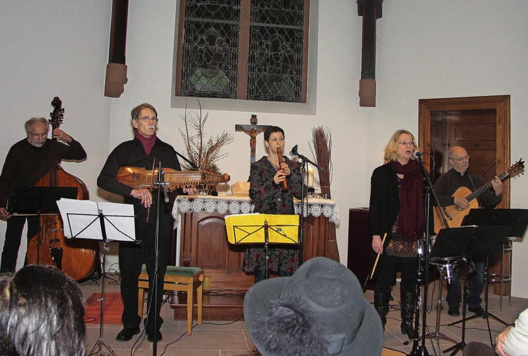 """Auf eine musikalische Welt- und Zeitre...erliswirtchaft"""" ide Zuhörer mit.    Foto: sandra decoux-kone"""