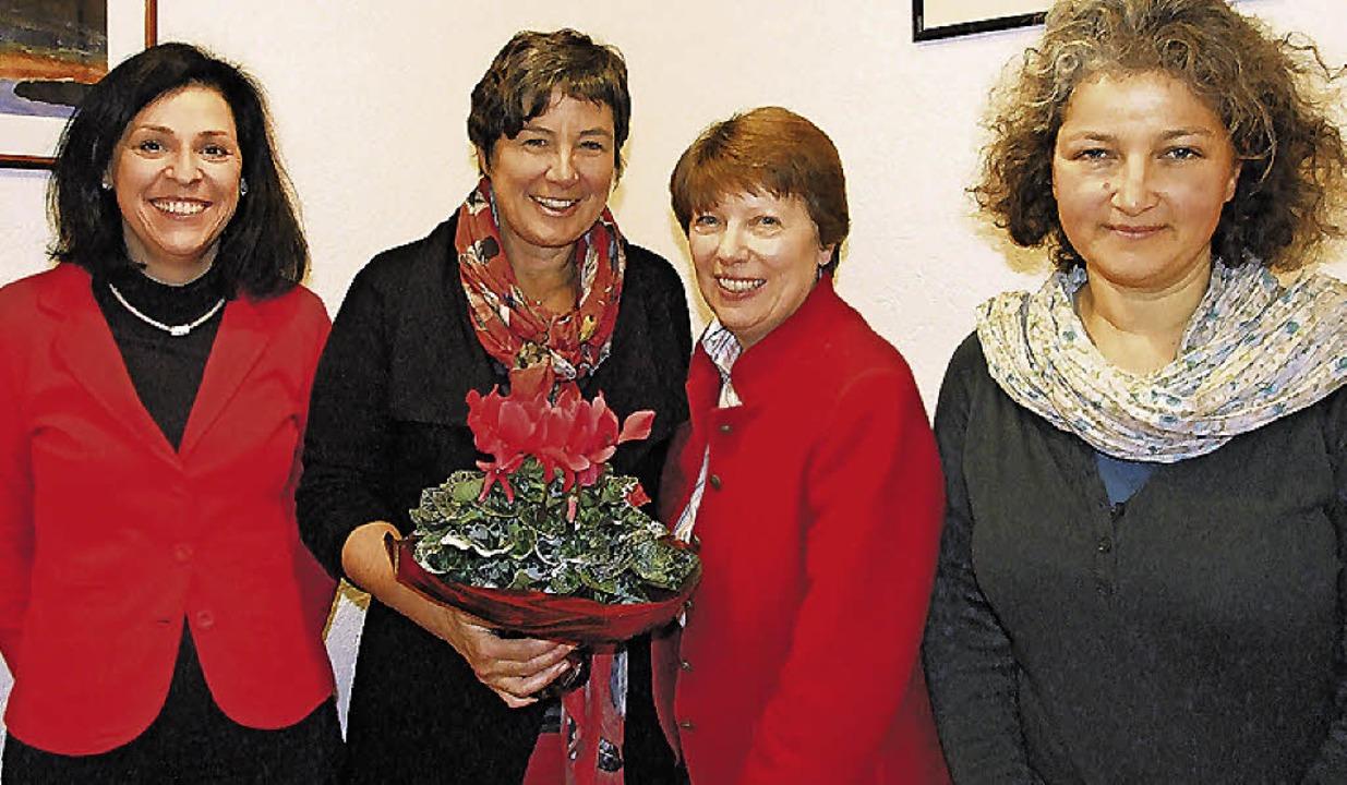 Informierten über das donum-vitae-Jahr... Margarete Basler  und Justina Störk.   | Foto: Freudig