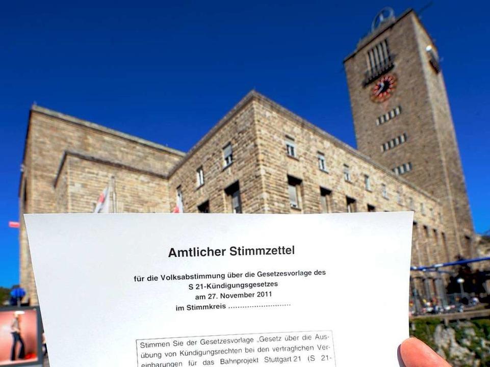 Über den neues Stuttgarter Tiefbahnhof hat das Volk abgestimmt.  | Foto: dpa