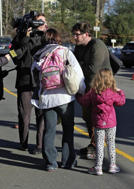 Am Freitag erschütterte ein Amoklauf eine Grundschule in Connecticut.  | Foto: dpa