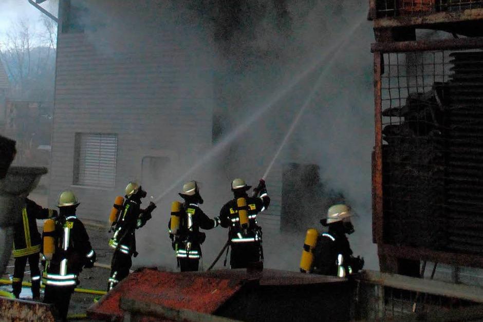Die Feuerwehr war mit mehr als 80 Mann im Einsatz. (Foto: Angelika Schmidt)