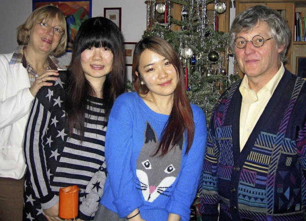 Wenn asiatinnen auf deutsche weihnachten treffen for Traditionelles deutsches haus