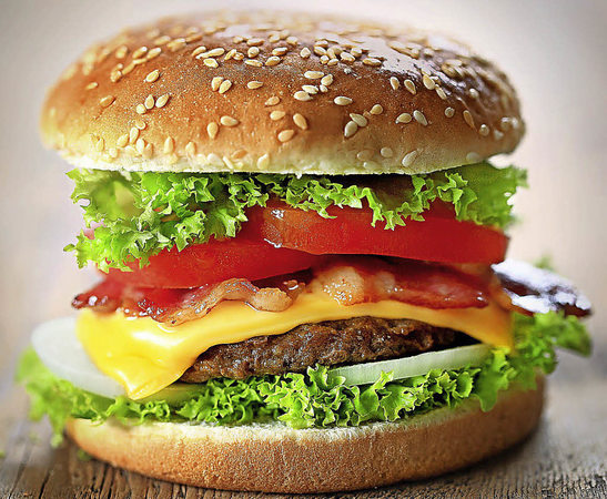 hamburger spezialit ten pr sentkorb. Black Bedroom Furniture Sets. Home Design Ideas